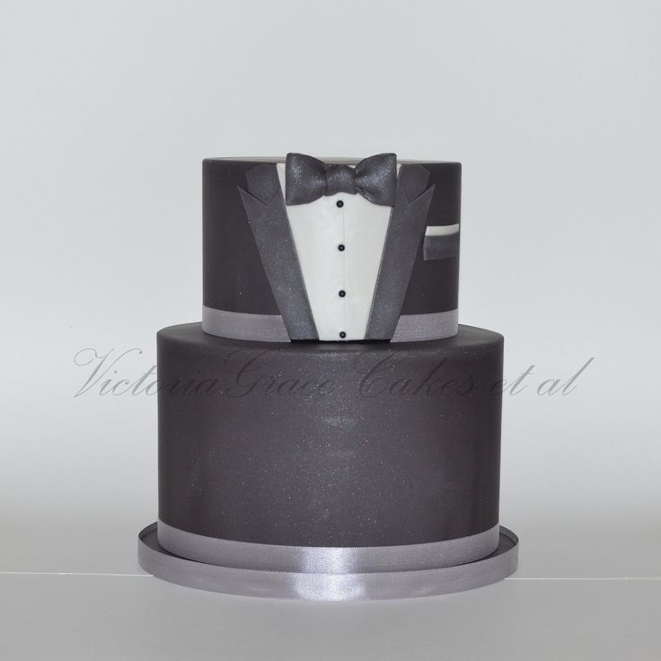 - Tuxedo Cake. I really enjoyed making this cake. Design inspired by a similar one done by Bake-a-boo Cakes.