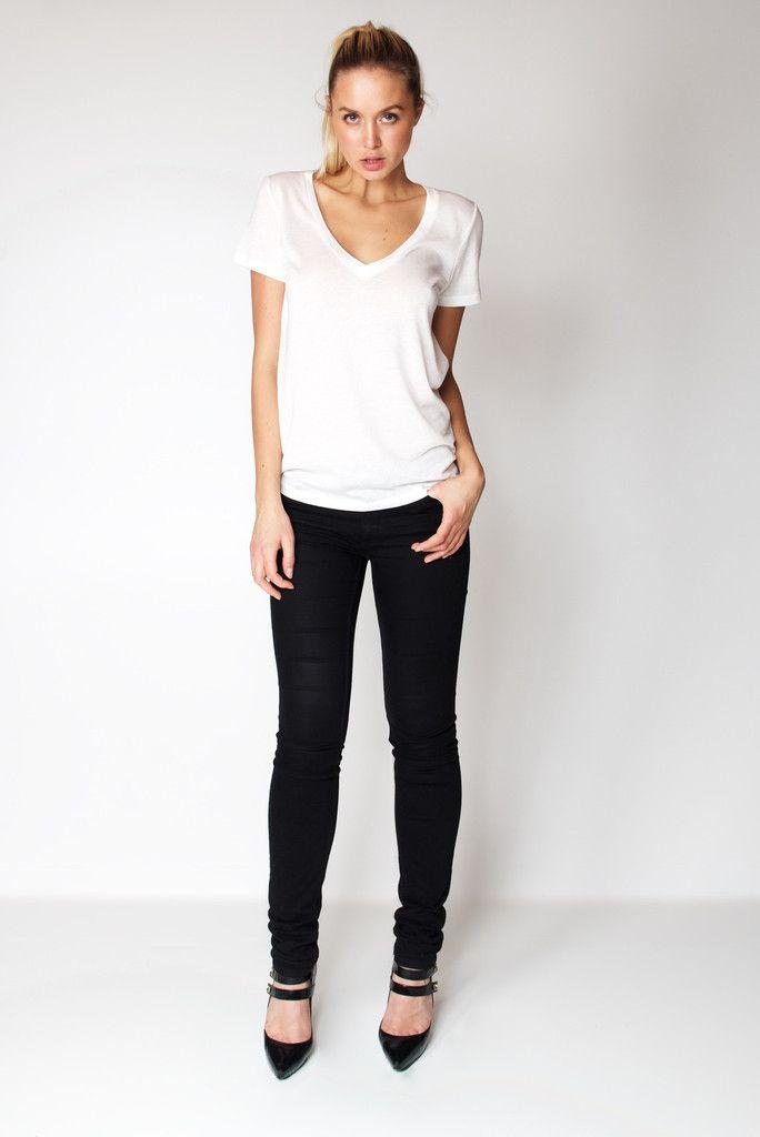 T-Shirt V Neck / White