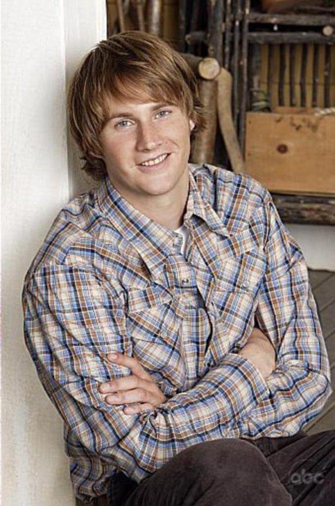 Patrick in TV-show 'Men in trees'.