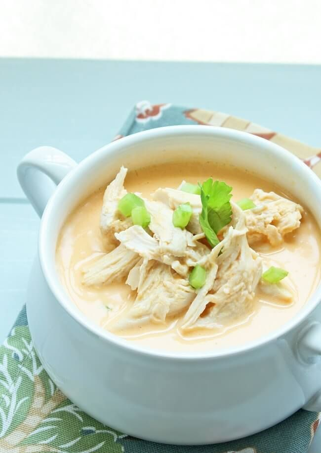 An easy low carb soup recipe featuring all the flavors of your favorite classic buffalo wings. Gluten free, Keto, lchf, and Atkins Diet friendly recipe.