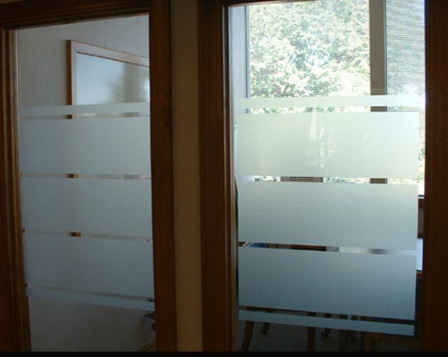 Pellicola adesiva effetto sabbiatura per vetri adesiva Rotolo H.CM.122x50MT. , Pellicola sabbiata Pellicola adesiva effetto sabbiatura privacy per vetri smerigliata PREZZO OK! - Materiali per stampa digitale sul grande formato