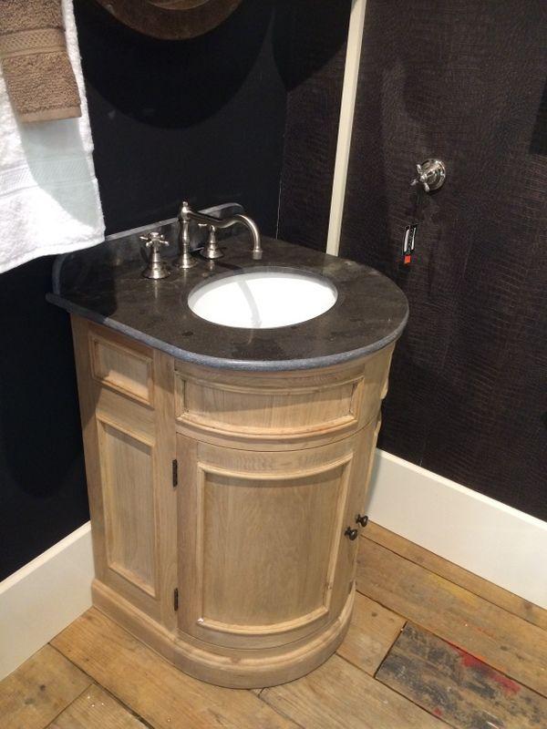 Schön Waschtisch Für Gästetoilette In Bester Qualität: Gestell Aus Eichemassiv,  Waschtischplatte Aus Hartstein. Badezimmer