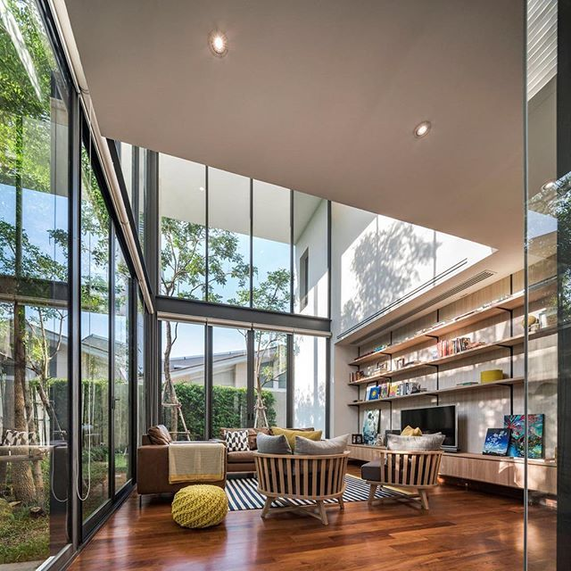 Reposting @brokeragehunter: Wednesday Real Estate Motivation!⠀ .⠀ Nonthaburi, Thailand⠀ .⠀ Architecture By: Anonym⠀ .⠀ Photography: By: W Workspace⠀ .⠀   © All credits correspond to photographer/designer/owner/creator  