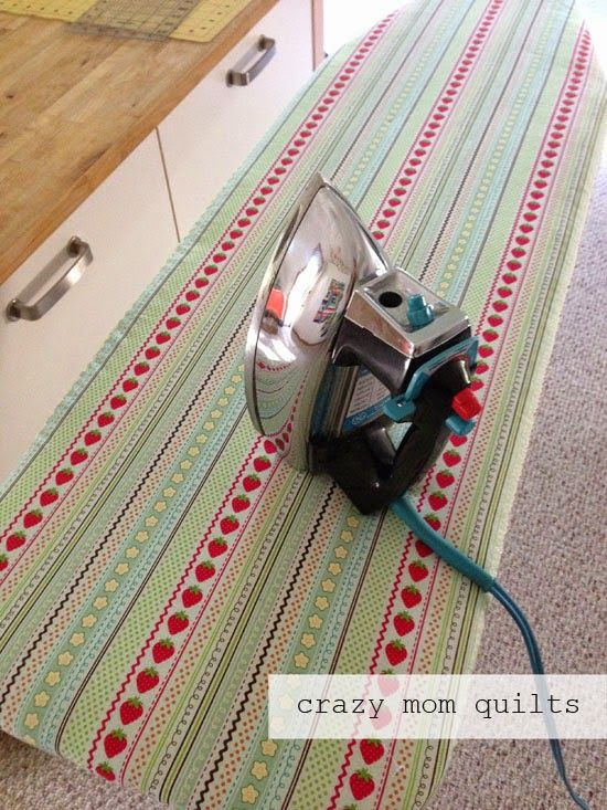 one way to make an ironing board cover - If it isn't done by October 1st, I'm throwing the ironing board out!