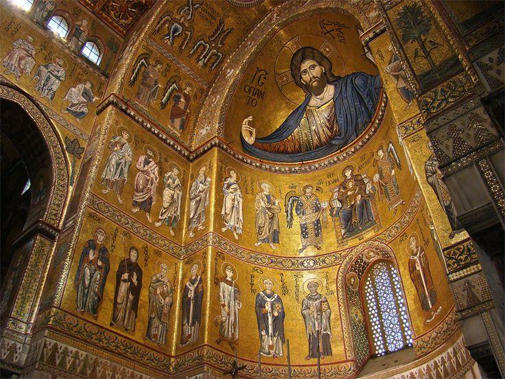 Duomo di Monreale Palermo. Edificato dal 1172 al 1185 dal re normanno Guglielmo d'Altavilla. E' a croce latina commissa e suddiviso in tre navate