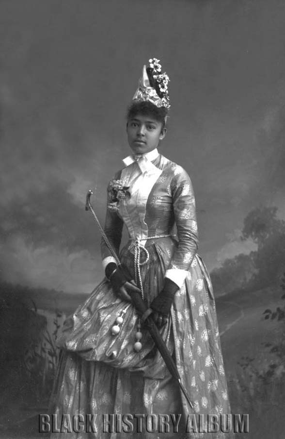 Nellie Franklin decked out in Victorian splendor holding a parasol. Tallahassee, Florida circa 1885-1911. Alvan S. Harper Collection, State Library and Archives of Florida.  Source: http://blackhistoryalbum.com/: Photos, Vintage, States Libraries, Parasol, Africanamerican, Victorian, Nelly Franklin, African American Women, Black History