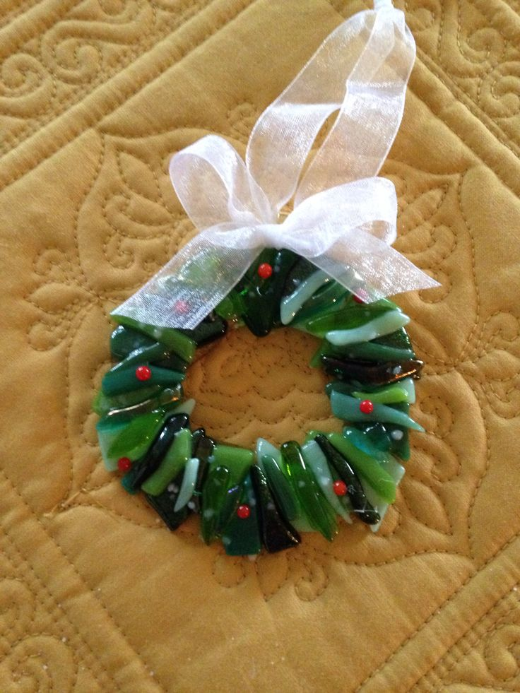 "Soft fused 3"" Christmas wreath (made from scrap) - by Kim Natwig."