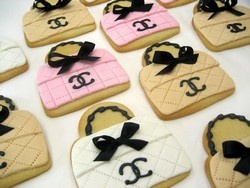 These are delicious!Biscuitscool Cookies, Cookies Handbags, Chanel Cookies, Handbags Pur, Chanel Handbags, Chanel Bags, Pretty Cookies, Bags Cookies, Bags Celebrities
