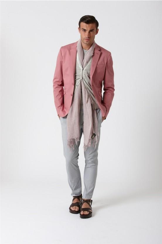 Dondup Spring Summer 2013 Outfit MAGLIA MILLY - KEFIA ACKIN - T-SHIRT AIMERI - PANTALONE GAUBERT