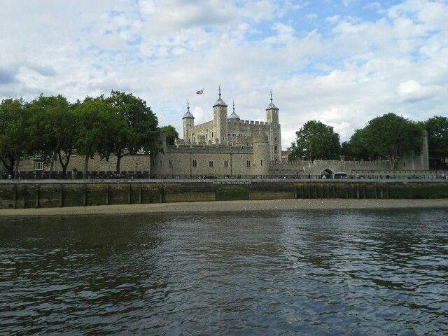 Tower of Londen  vanaf het water