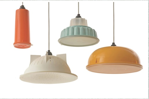 Tupperware lamps!!! From ... http://www.dailydecorator.com/      Too Good to be true!