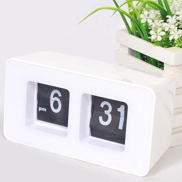 Retro Flip Number Desk Clock ($19) ❤ liked on Polyvore featuring home, home decor, clocks, retro home decor, retro clock, retro flip clock, flip clocks and retro desk clock