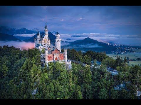 Wilde Schlösser – Neuschwanstein Die Ammergauer Alpen am Fuß von Deutschlands höchstem Berg, der Zugspitze, sind ein wahres Naturparadies, dessen König der Steinadler ist. Die Region ist nicht nur berühmt für ihre Schluchten, wilden Flüsse und unberührte Tierwelt, sondern auch für... - #Architektur, #Arte, #Doku, #Geschichte, #Menschen  http://www.dokuhouse.de/wilde-schloesser-neuschwanstein/