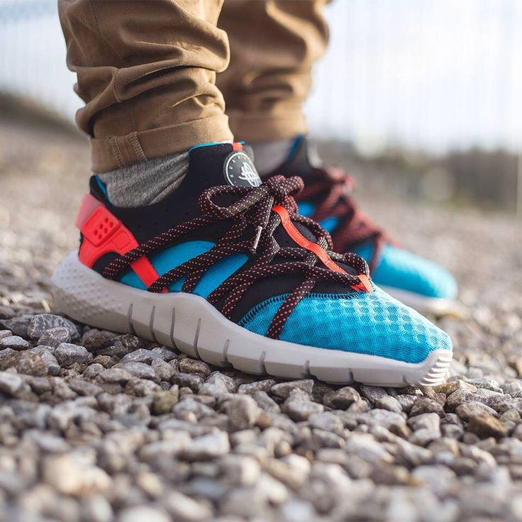Find this Pin and more on Sneakers: Nike Air Huarache NM.