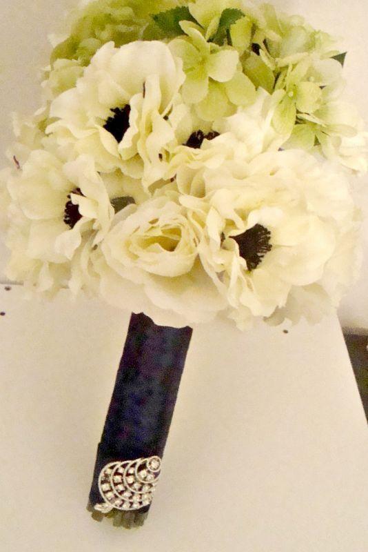 DIY Bridal Bouquet :  wedding bouquet ceremony diy flowers green ivory navy silver BridalBouquet1