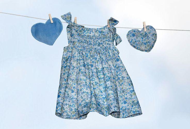 flowered little girl dress! so cute and fresh!