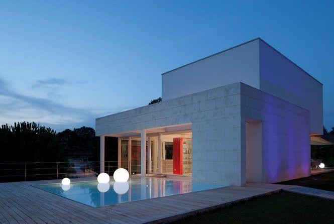 Schwimmkugeln In 2020 Pool Lights Slide Design Floating Lights