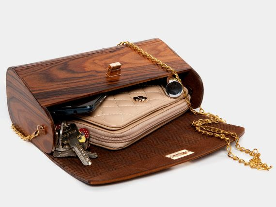 Wooden Bag Iron Wood. Handbag. Clutch Bag. Wood. por RESSO en Etsy