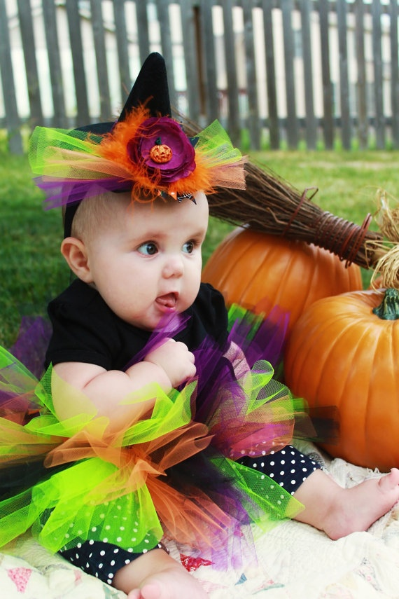 seriously cute witch hat for baby. AH