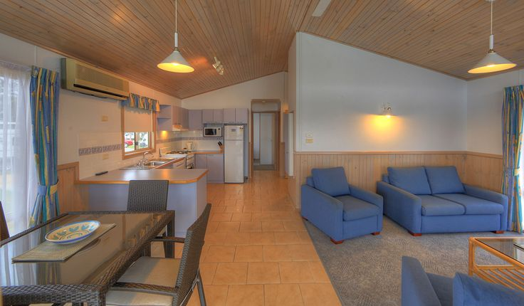 Our Superior Ocean Spa has lots of room for the whole family for your next holiday at Batemans!