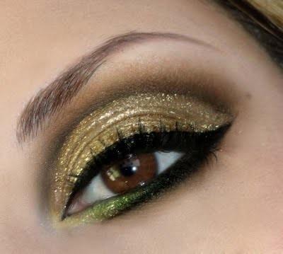 #Shimmery Golden #Green #Eye #Makeup: Make Up, Eye Makeup, Brown Eye, Colors, Beautiful, Makeup Ideas, Eyemakeup, Green Eye, Gold Eyeshadows