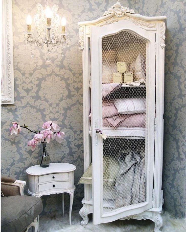 İyi geceler....�� #home #homedecor #homedecoration #homedesign #evdekorasyonu #evdekor #icmimar #interiordesign #interior123 #interior #dekorasyon #furnituredesign #furniture #mobilya #dolap #teldolap #klasik #puf #berjer #antika #lamp #aplik #rize #samsun #ordu #giresun #kaşüstü #şana #ksdesign #trabzon http://turkrazzi.com/ipost/1517569968202405942/?code=BUPfdh8gVg2