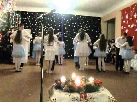 Karácsonyi tánc - YouTube