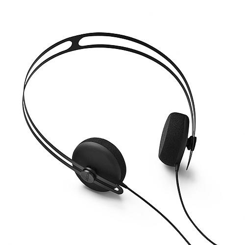 Tracks Headphone w/mic black  The Tracks Headphone is an award-winning, supra-aural headphone with a subtle design focusing on elemental lines and an overall iconic shape.    Price DKK 550 / appr. € 70 $101.00