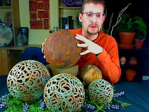 Clay garden globes....copper patina Don't watch the video-make the orbs! (you…