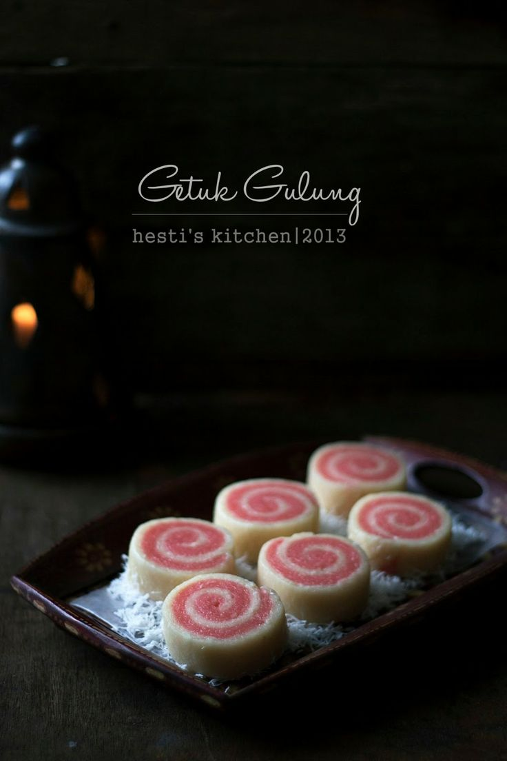 HESTI'S KITCHEN : yummy for your tummy...: Getuk Gulung