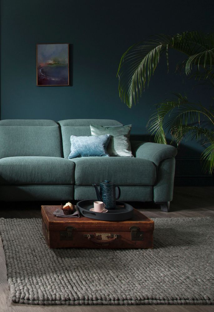 Create a jaw-dropping interior with #ROMsofas - the perfect inspiration for those looking to achieve a jewel-toned colour palette. http://www.romsofas.co.uk/sofa-collections/bellona/