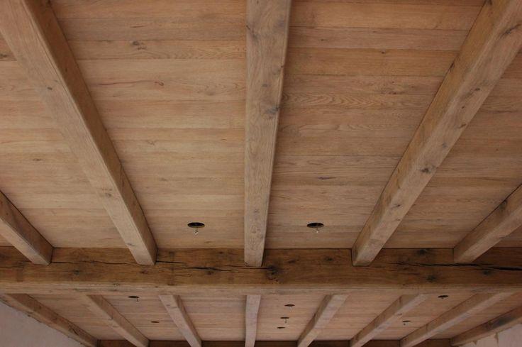 zandstralen van balken - plafond http://www.socoi.be/industrie/zandstralen/