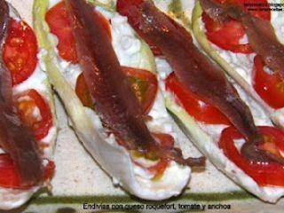 Endivias con queso roquefort, tomates y anchoas., Receta Petitchef