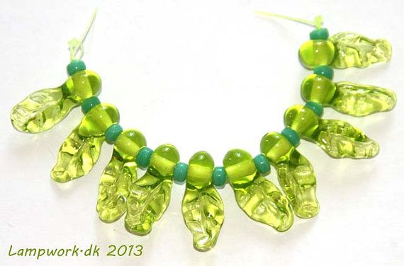 SRA handmade lampwork leaf bead set by LampworkDK on Etsy, $8.00