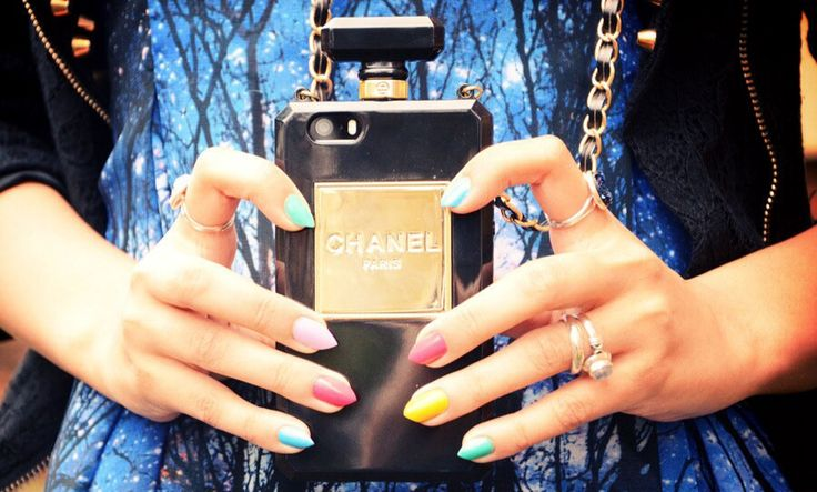 Chanel iPhone 4 & 5 bottle case