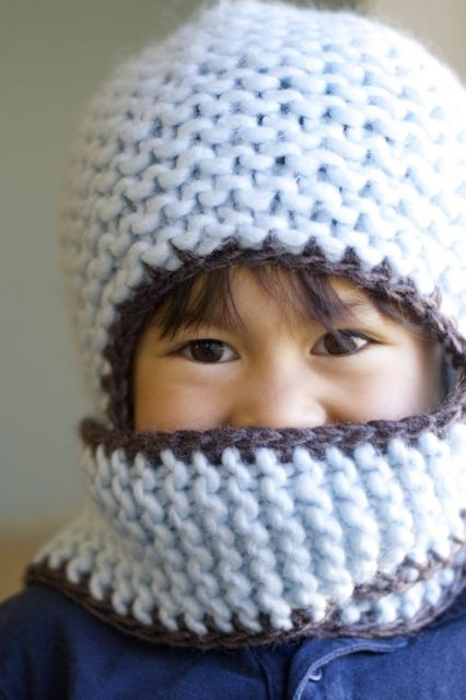 Knitted earflap hat - Gebreide oorflap muts