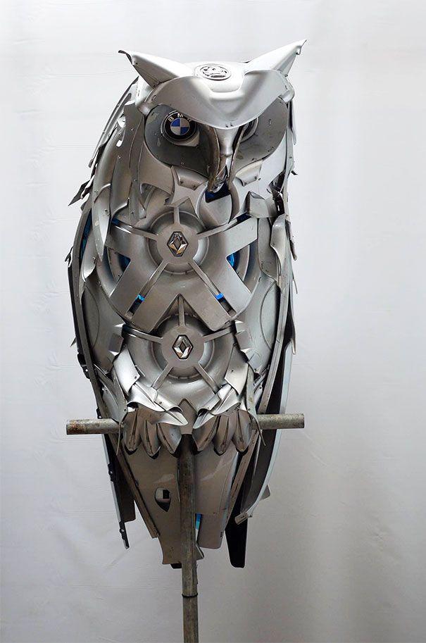 Enjoliveurs recyclés dans de superbes Sculptures d'Animaux de Ptolemy Elrington (4)