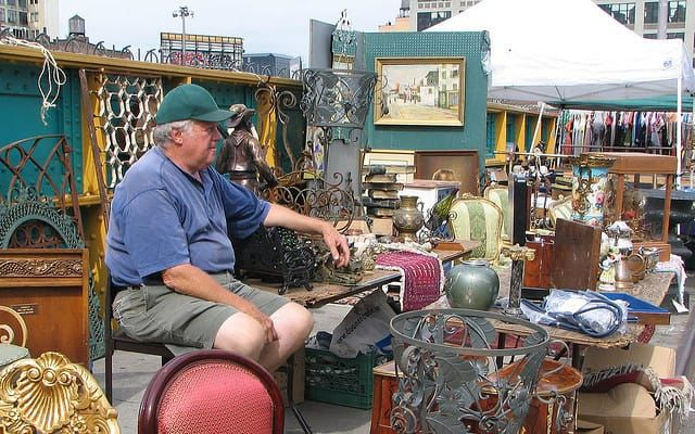 You might be surprised how easy it is to launch a business as a flea market vendor. While you probably won't get rich, it's a surprisingly fun way to make some extra cash on the weekend. Here's what you need to know.