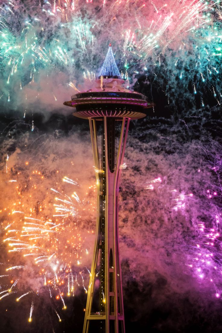 2017 brought in with a blast | The Seattle Times