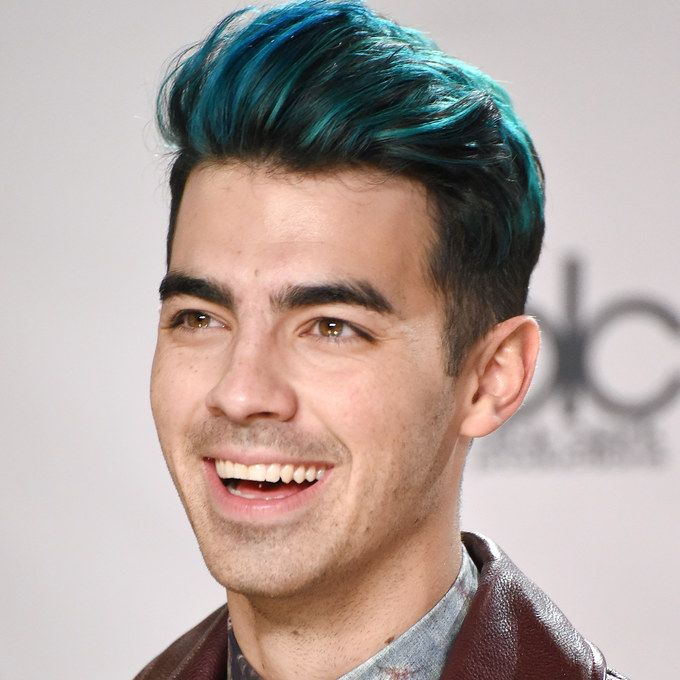 4 ways to wear a plaid blazer joe jonas dyed hair and blue