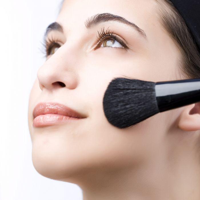 Zo blijft je make-up de hele avond zitten @Feelingmagazine