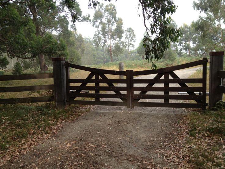 Merbau Farm Gates In 2019 Farm Gate Entrance Gates