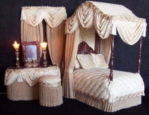 DOLLHOUSE CANOPY BEDROOM SETS64 best Dollhouse Miniatures images on Pinterest   Dollhouse  . Reasonably Priced Bedroom Furniture. Home Design Ideas