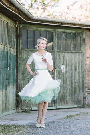 Die 14 besten Bilder zu Hochzeitskleider auf Pinterest | Rockabilly ...