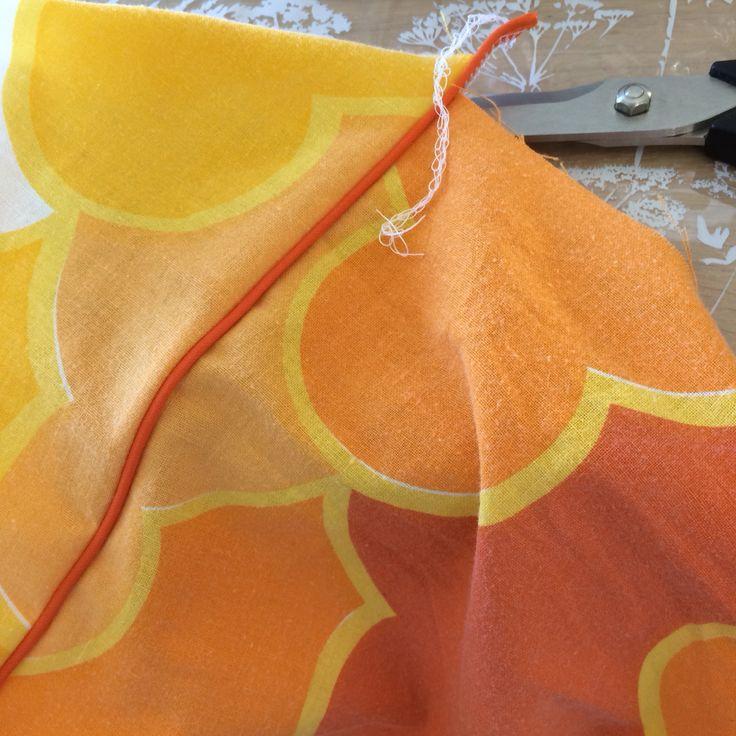 Retro pants / upcycle / reused pillow cases. Gjenbruk av dynetrekk.