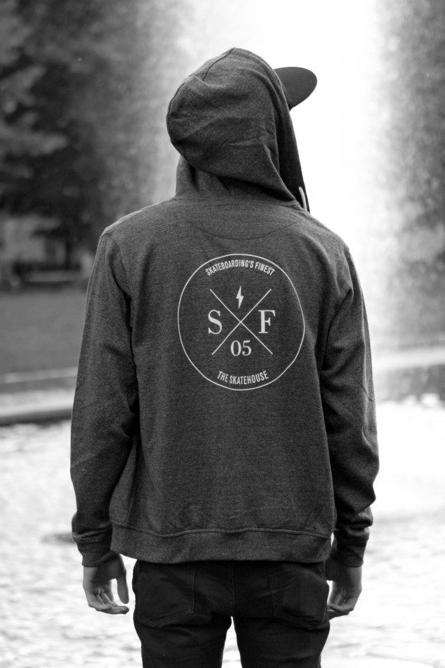 hoodie in grey melange with printed signature logo at the center of backside and at the left chest