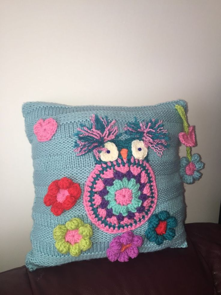 OWL CUSHION, 14 x 14 approx, crochet... BEAUTIFULLY HAND MADE.....Couch  Pillow