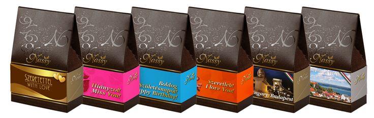 A vásárló dönti el, hogy a csokoládéba mártott finomságok közül mi kerüljön a csomaglásba és a csomagolásra. #finomság #különlegesség #csokoládé #aszaltgyümölcs #desszert #ajándék