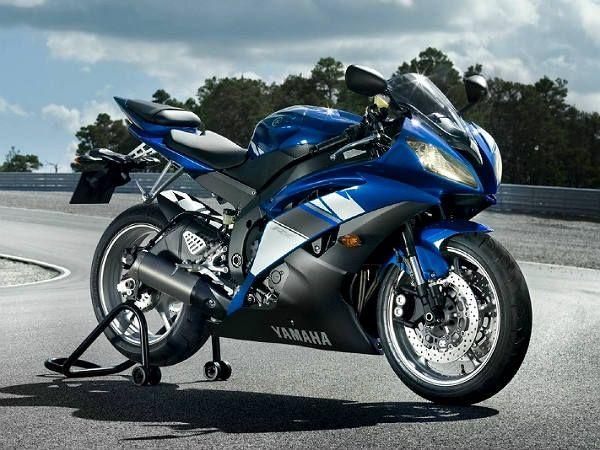 Yamaha R6 Still Ahead In SuperSport