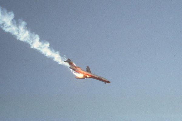 Boeing 727-214, N533PS, PSA Flight 182, 25 September 1978, by Hans Wendt